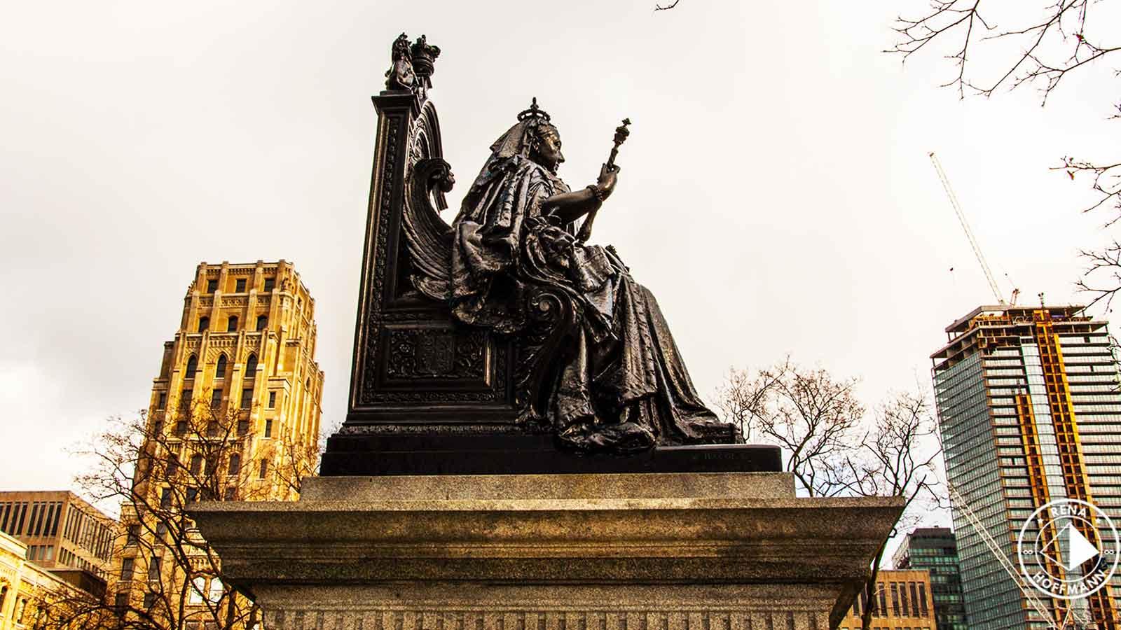 Queen-Victoria-rena-hoffmann.jpg